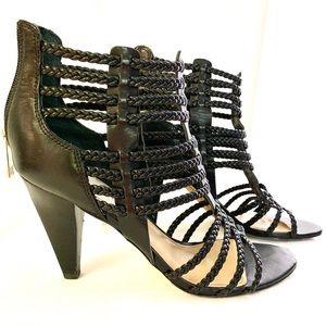 Ladies, Ivanka Trump, leather heels